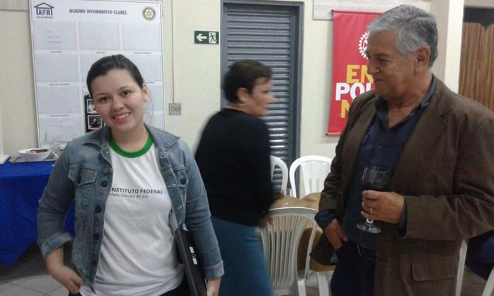 Aluna do IFMS intercambista do Rotary