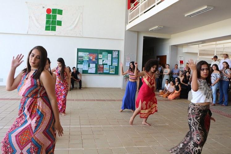 Dança3