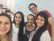 Alunos e professora do curso de Formação Inicial e Continuada em Espanhol