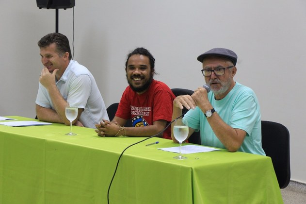 Professor Antônio Rodrigues Berlon (UFMS), Guilherme Tommaselli (IFMS) e Paulo Fioravante Giareta (UFMS