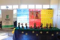 Os troféus foram confeccionados pelos professores, e os estudantes classificados também ganharam medalhas, quadros e ingressos para o Anime Day de Três Lagoas.