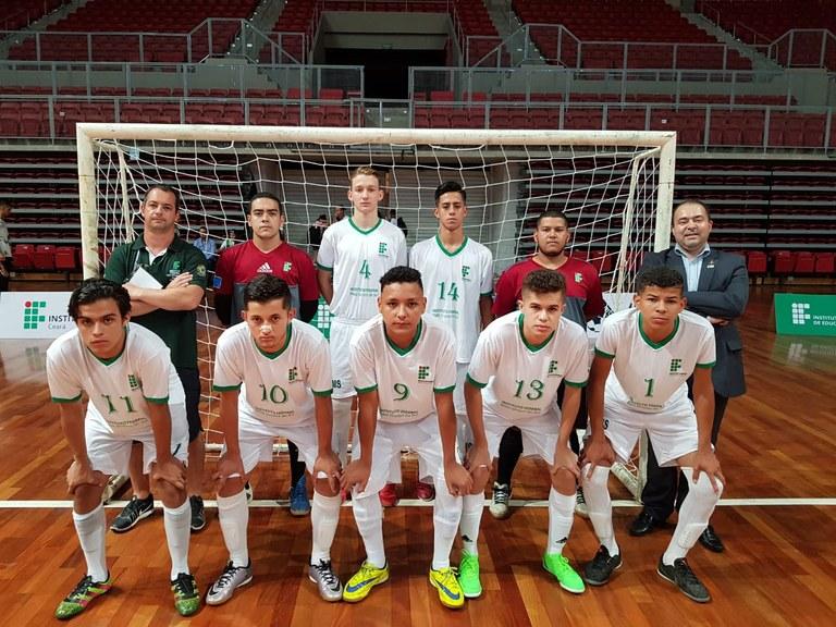 Futsal de Aquidauana é a primeira equipe do IFMS a disputar modalidade coletiva na etapa nacional.